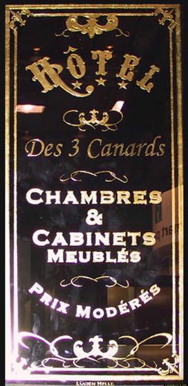 panneau décor hôtel des trois canards en feuille d'or