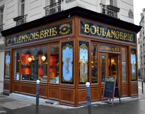 Vue de côté de la boulangerie-viennoiserie rue d'Alésia